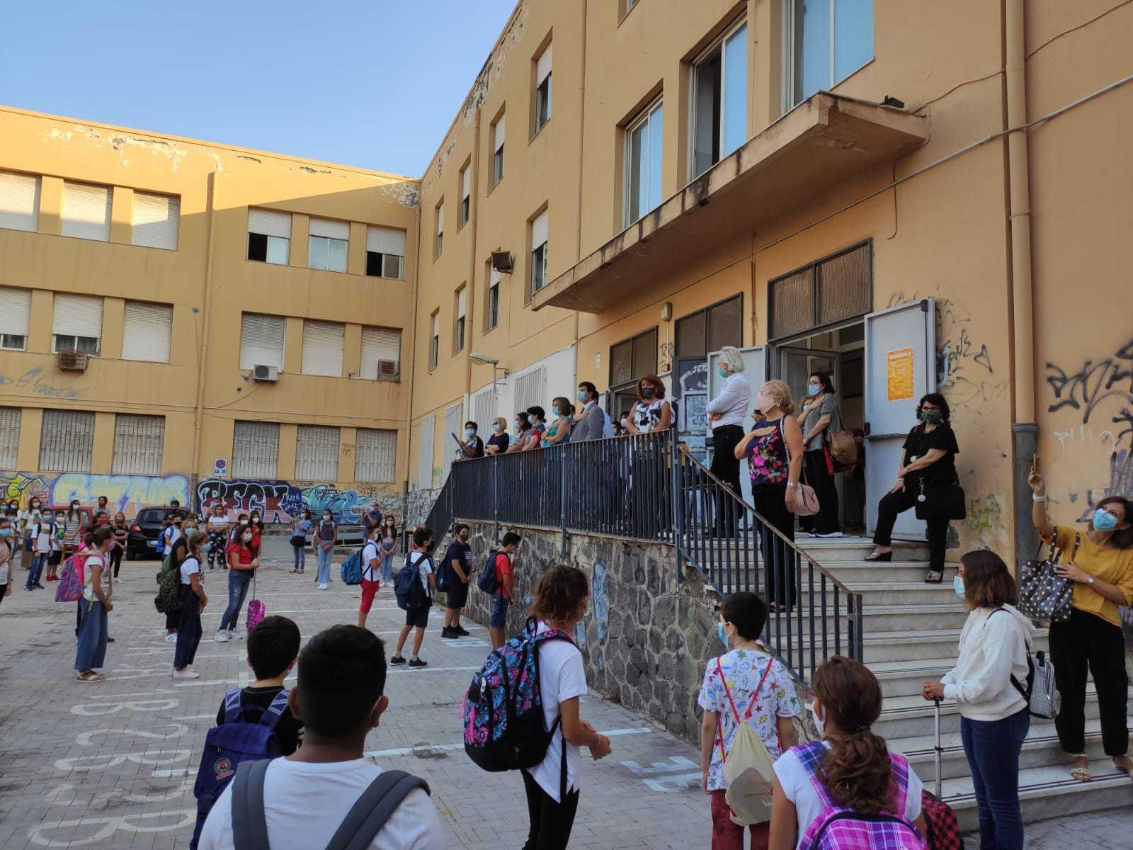 primo-giorno-scuola-secondaria-classi-prime-18-09-2020-1