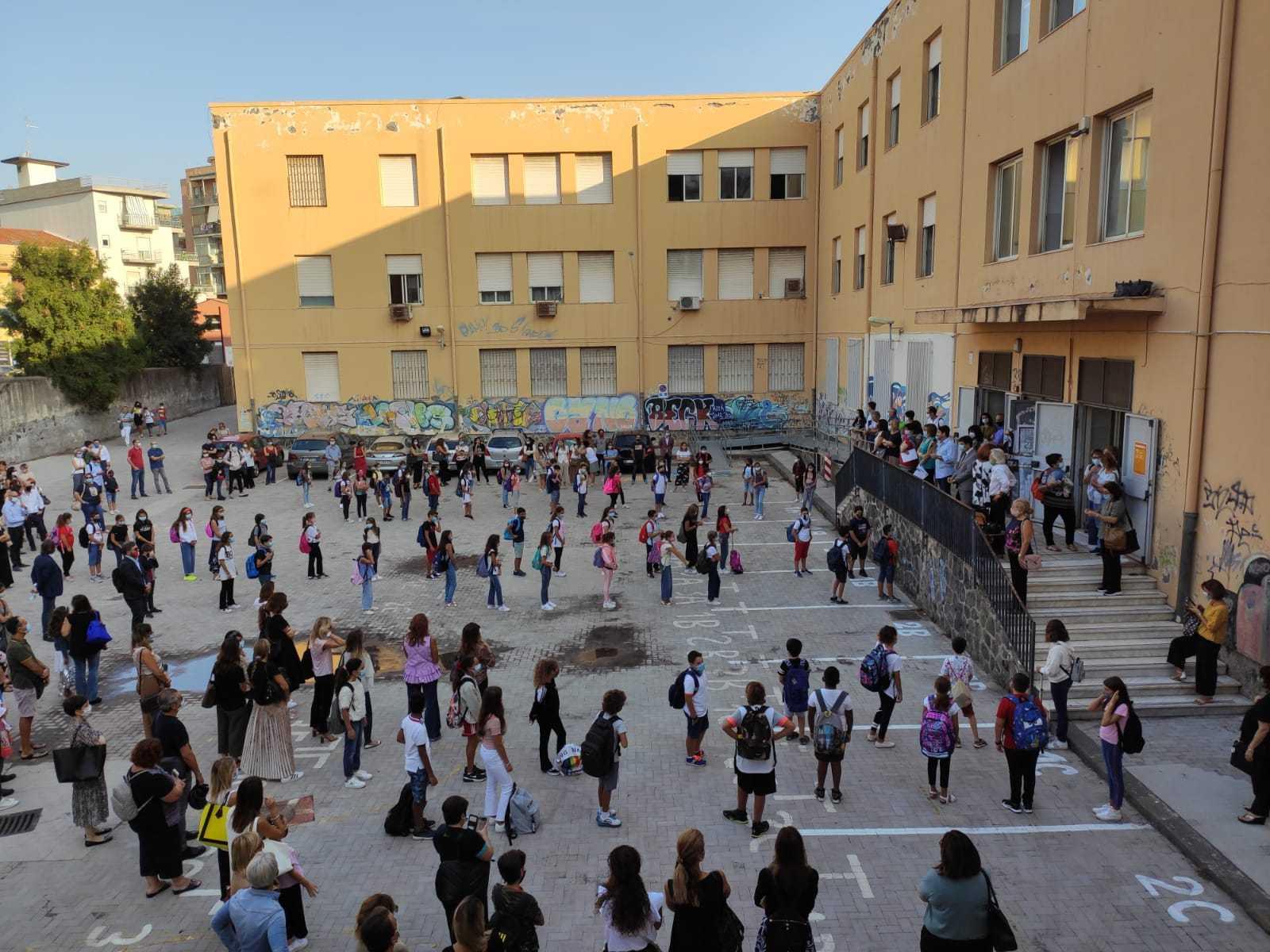 primo-giorno-scuola-secondaria-classi-prime-18-09-2020-4